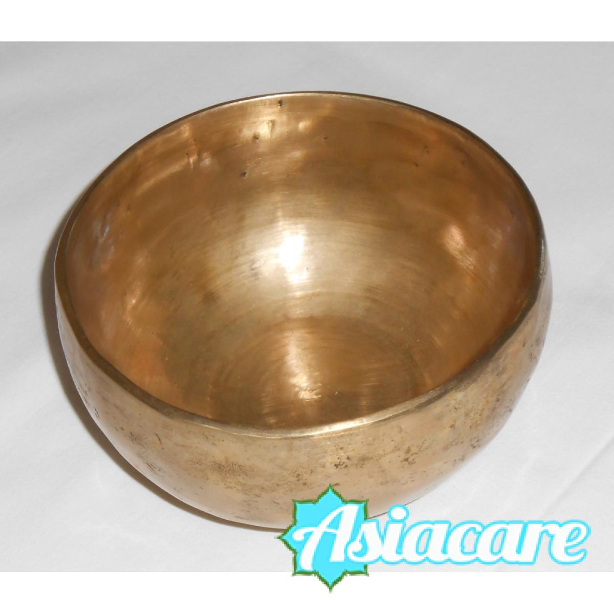 ДЕ-ВА Ръчно кована тибетска пееща купа 2550 грама 30 см и дървено чукче