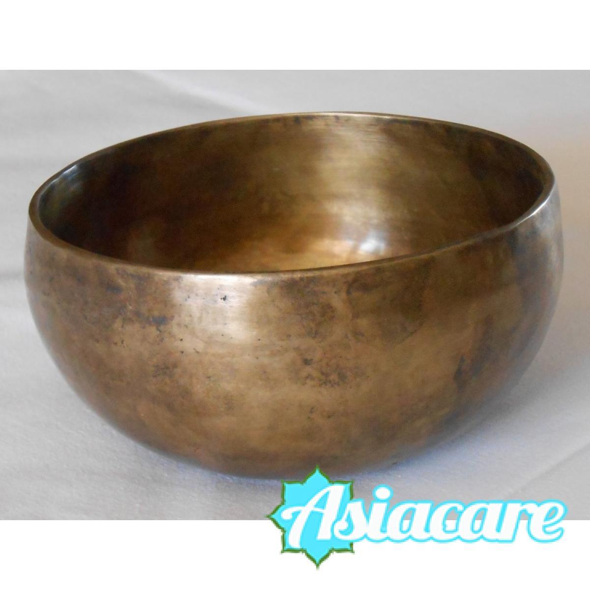 Ръчно кована тибетска пееща купа Nadayaga 250-290 грама с чукче